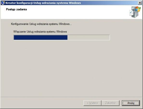 Rysunek 13. Włączanie usług wdrażania systemu Windows