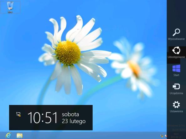 Widok pulpitu inowego menu start systemu Windows 8